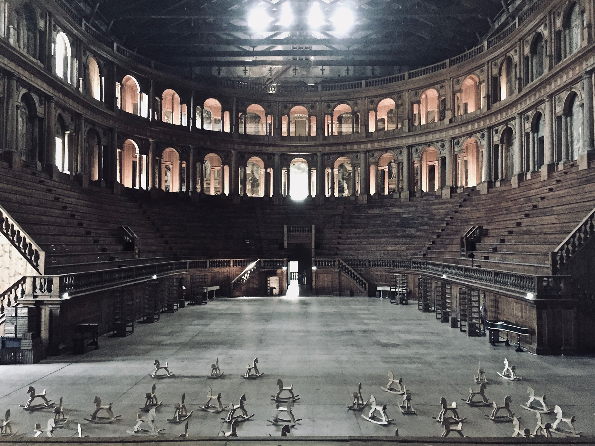 immagine per Spettacolo teatrale Hipógrifo violento di Lenz Fondazione